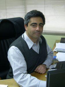 Dr. Álvaro Ruiz